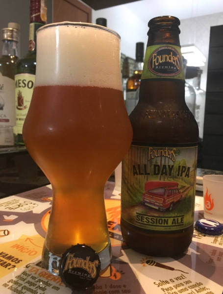Founders All Day IPA por Phillippe Guimarães